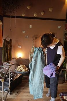 ②試着大会・つづき~acota(アコタ)の服~_f0226293_7465567.jpg