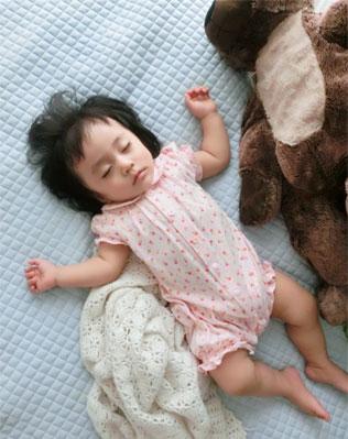 赤ちゃんも安心『クルチアーニ』の可愛いブレス♪_d0224894_1533541.jpg