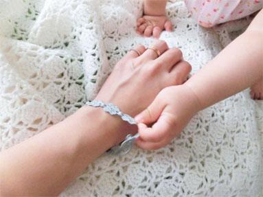 赤ちゃんも安心『クルチアーニ』の可愛いブレス♪_d0224894_1534041.jpg
