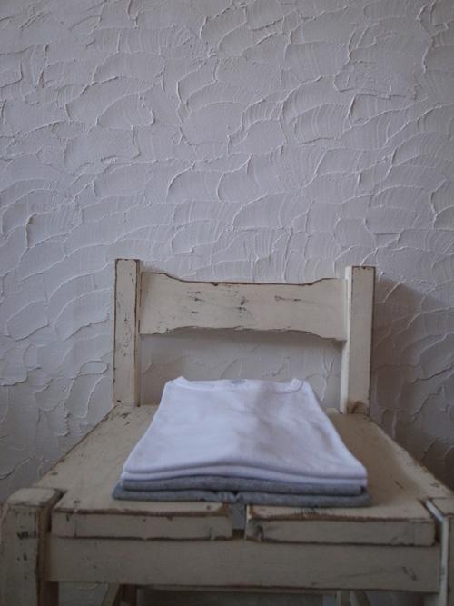 なんかいいシンプルなTシャツ_a0113127_8484010.jpg