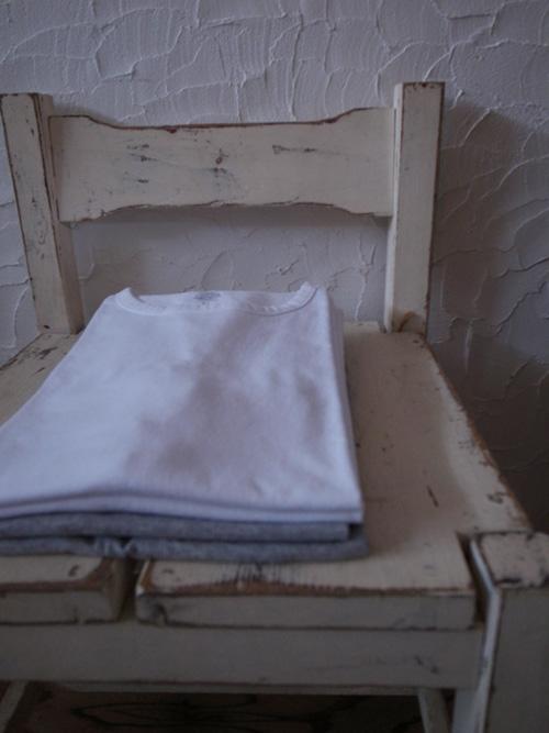 なんかいいシンプルなTシャツ_a0113127_8491498.jpg