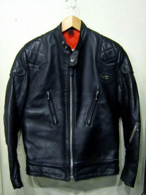 「 70\'s NORTH BEACH LEATHER & 70\'s LEWIS LEATHERS 」_c0078333_2453336.jpg