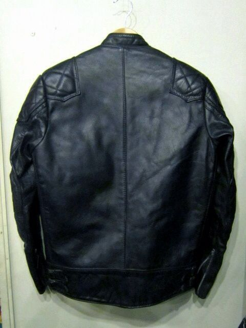 「 70\'s NORTH BEACH LEATHER & 70\'s LEWIS LEATHERS 」_c0078333_2453448.jpg
