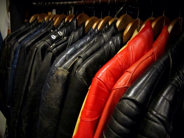 「 70\'s NORTH BEACH LEATHER & 70\'s LEWIS LEATHERS 」_c0078333_2453974.jpg