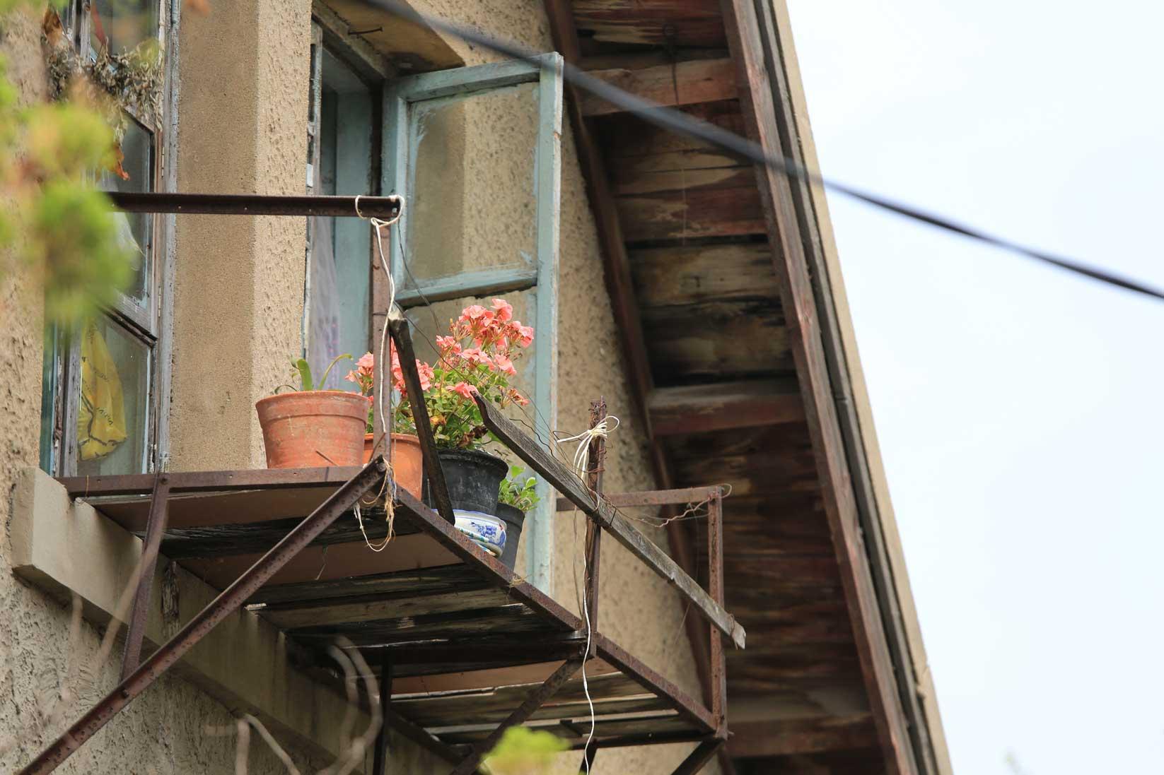 次々に壊されていく文化台の一戸建て住宅【昭和のフォルム 大連◆文化台②】_b0235153_23453561.jpg