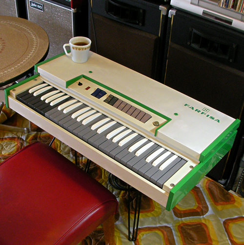 Farfisa FAST3 with Pyrex_e0045459_11473346.jpg