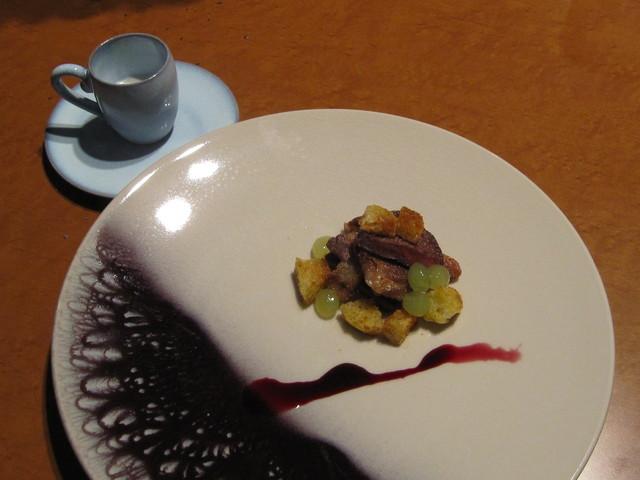 7月の料理「マジョルカ島の黒豚に真珠?」_d0177560_2325089.jpg