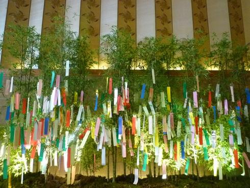 笹のは さらさら。。。ホテルオークラ東京の七夕様と 我が家で 優しいお茶の時間です♪。*。:☆.† _a0053662_2324337.jpg