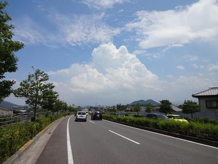 猪ノ鼻峠を越えて香川へ_e0201281_22495766.jpg