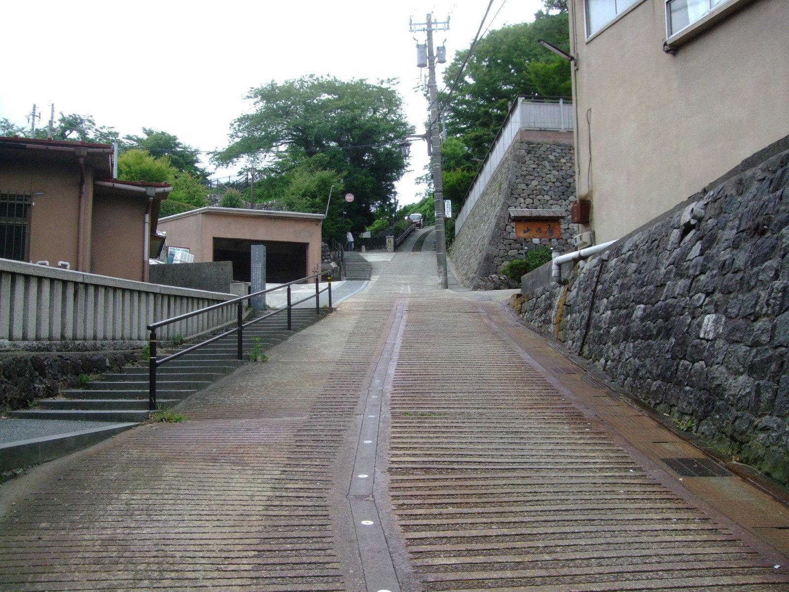 第4話 ひがし茶屋街から宝泉寺への散歩道と a.k.a の創作料理を楽しむ_f0100593_10432599.jpg