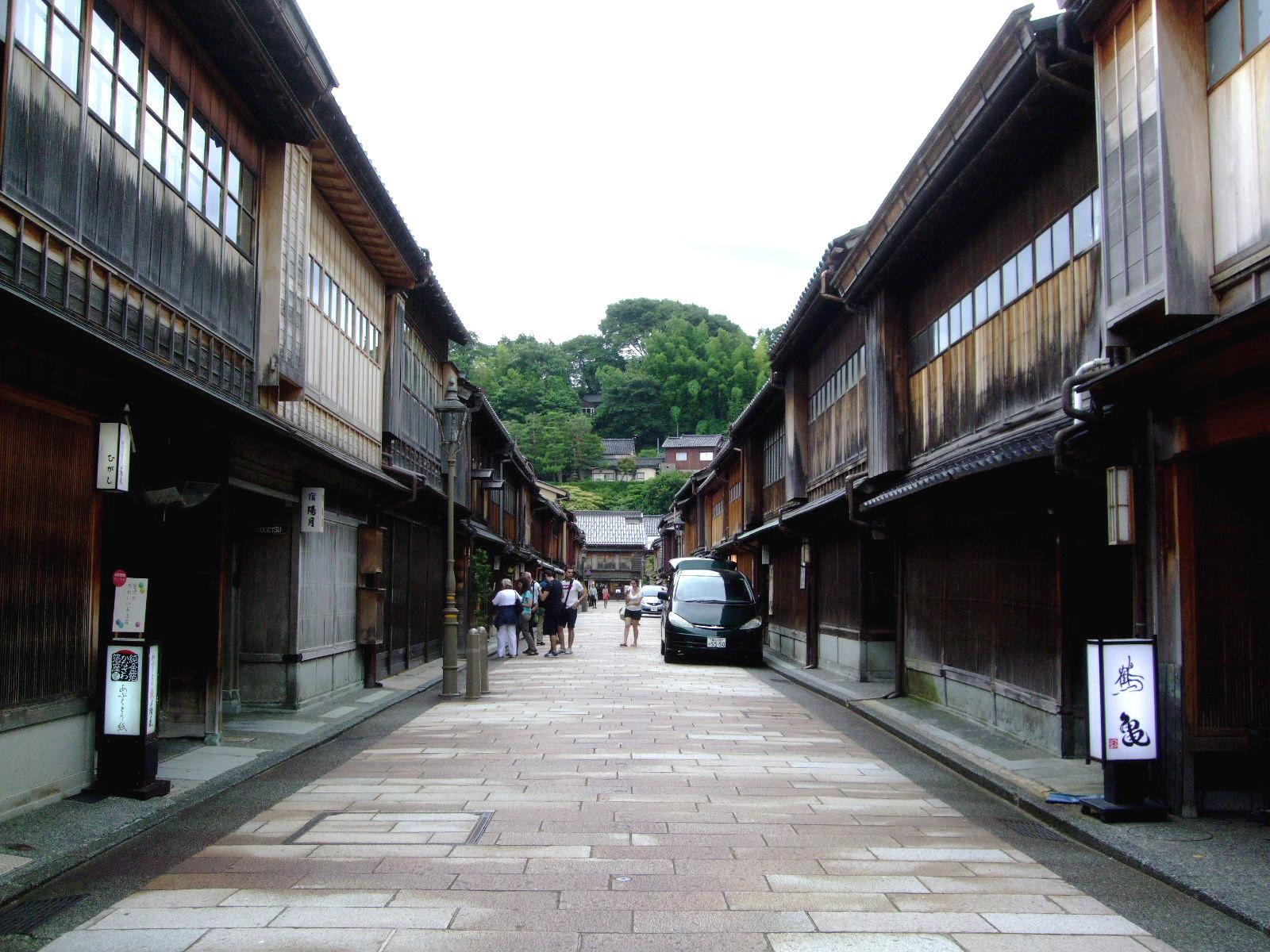 第4話 ひがし茶屋街から宝泉寺への散歩道と a.k.a の創作料理を楽しむ_f0100593_21471517.jpg