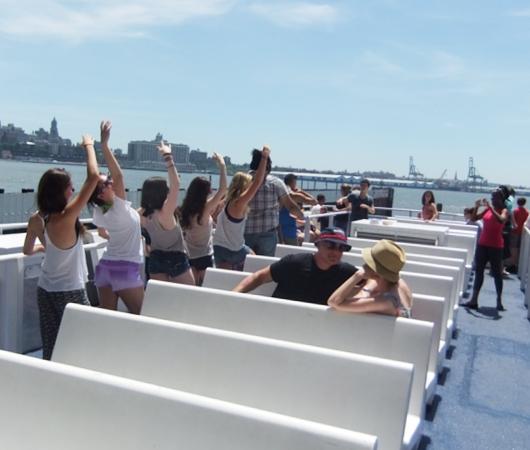 夏のニューヨークのオススメ・スポット、ガバナー島へ_b0007805_200443.jpg