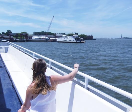 夏のニューヨークのオススメ・スポット、ガバナー島へ_b0007805_2013995.jpg