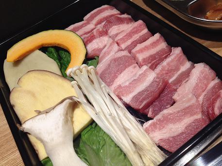 新大久保で有機野菜(サンパ)を楽しむ_b0060363_17313669.jpg