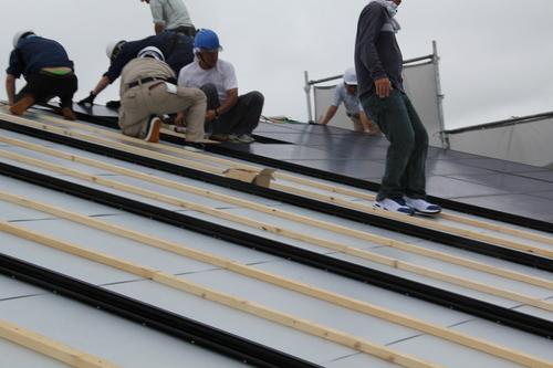ゼロエネルギーハウス松長布:11kW太陽光発電設置3_e0054299_15344129.jpg