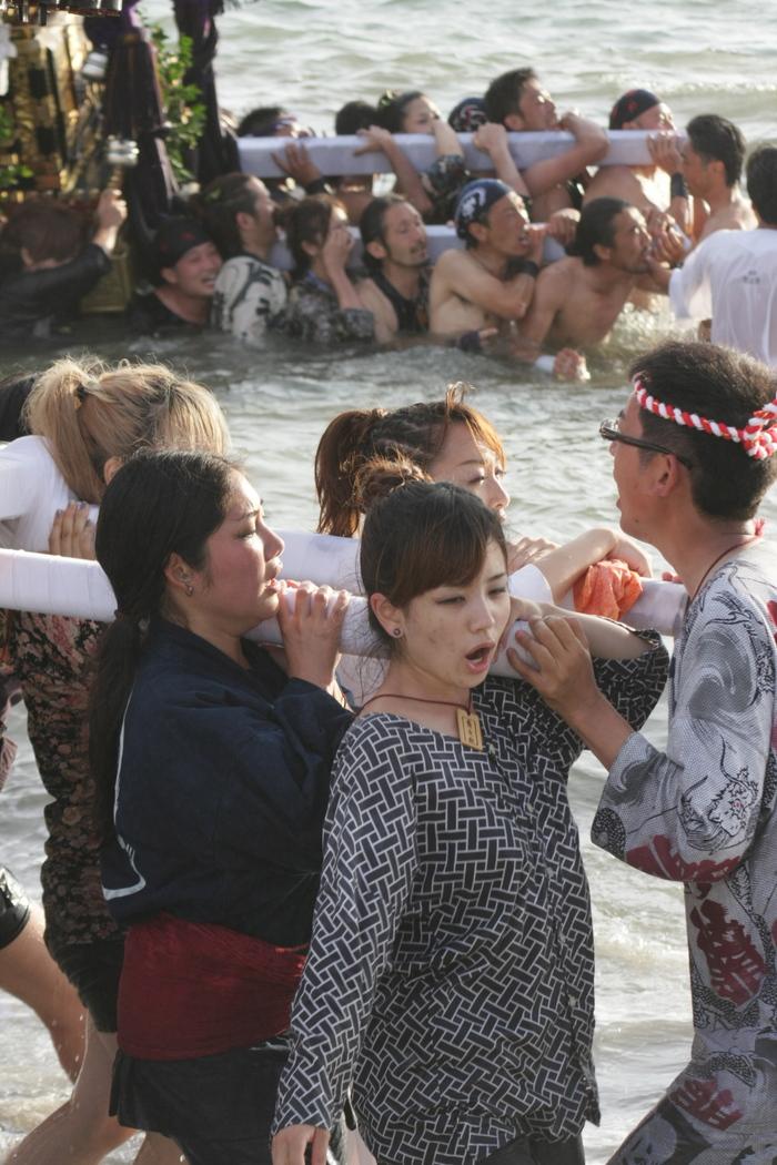 秋谷神明社御祭禮 2013 神輿-2_f0156448_2257949.jpg