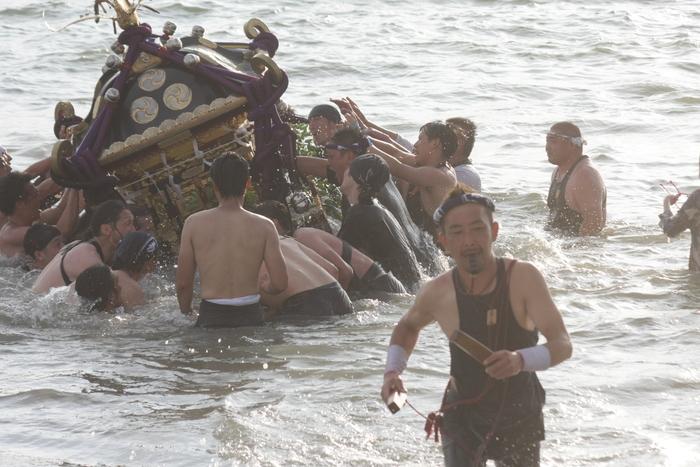 秋谷神明社御祭禮 2013 神輿-2_f0156448_2312282.jpg