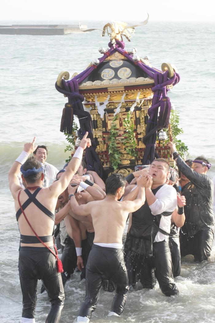 秋谷神明社御祭禮 2013 神輿-2_f0156448_2315471.jpg