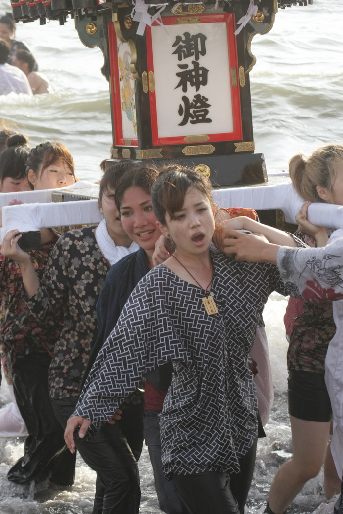 秋谷神明社御祭禮 2013 神輿-2_f0156448_2362814.jpg