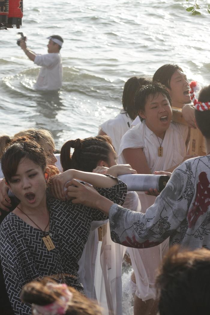 秋谷神明社御祭禮 2013 神輿-2_f0156448_2364412.jpg