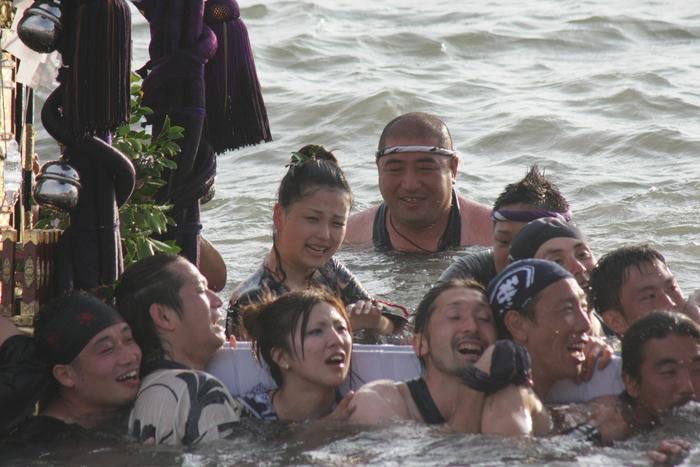秋谷神明社御祭禮 2013 神輿-2_f0156448_237765.jpg