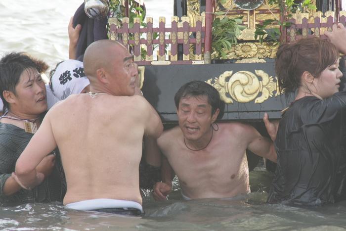 秋谷神明社御祭禮 2013 神輿-2_f0156448_2394870.jpg
