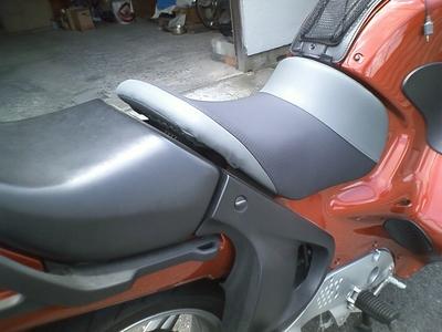 BMWにバイクザシートインサイド_e0114857_20453918.jpg