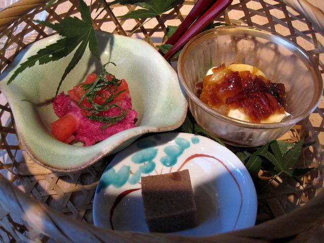 第4話 ひがし茶屋街から宝泉寺への散歩道と a.k.a の創作料理を楽しむ_f0100593_12143693.jpg