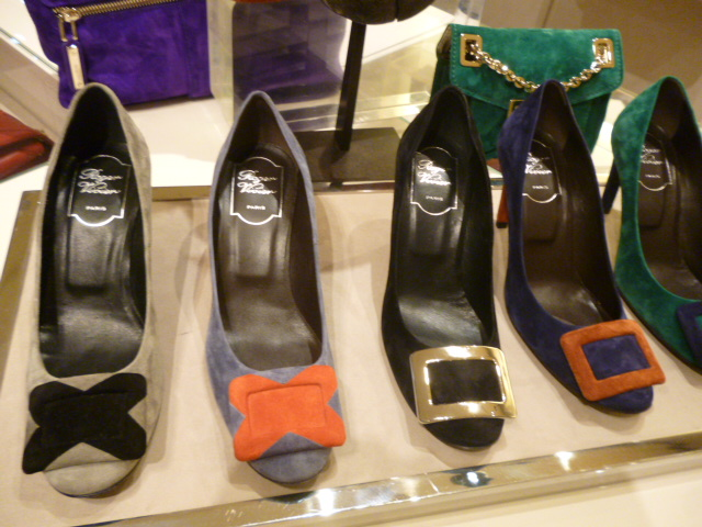 Roger Vivier Hong Kong  Shop  Report_b0210699_234055.jpg