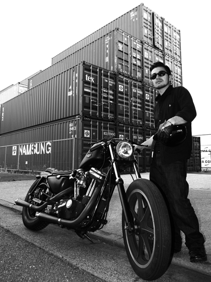 鈴木 武雄 & Harley-Davidson XL883R(2013 0609)_f0203027_2471590.jpg