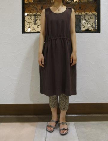 暑いときは、一枚できれいな洋服がいいなぁ~_c0227633_2053121.jpg