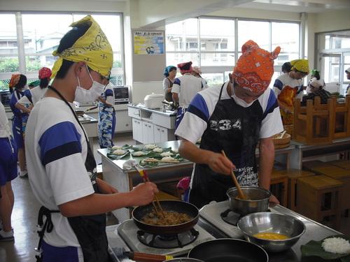 中学校の調理実習に参加してきました!_c0238069_11283332.jpg