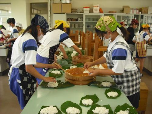 中学校の調理実習に参加してきました!_c0238069_11285539.jpg