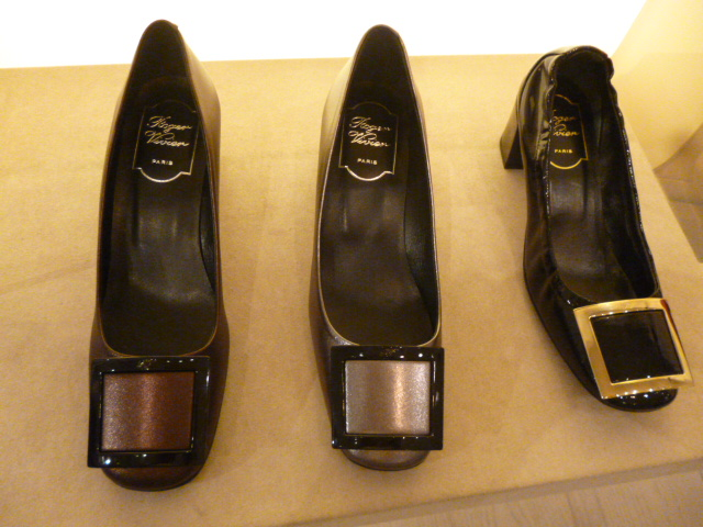 Roger Vivier Hong Kong  Shop  Report_b0210699_0131956.jpg