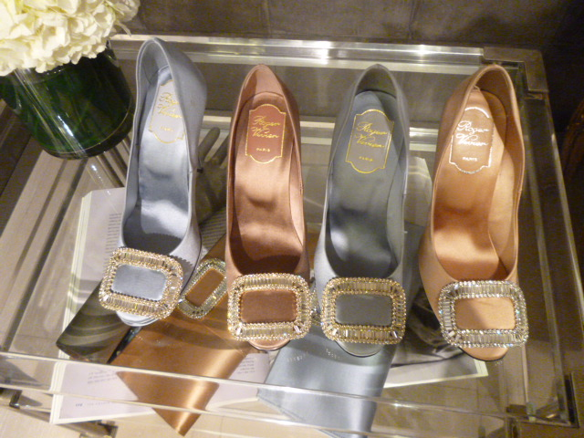 Roger Vivier Hong Kong  Shop  Report_b0210699_0395298.jpg