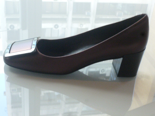 Roger Vivier Hong Kong  Shop  Report_b0210699_1234415.jpg