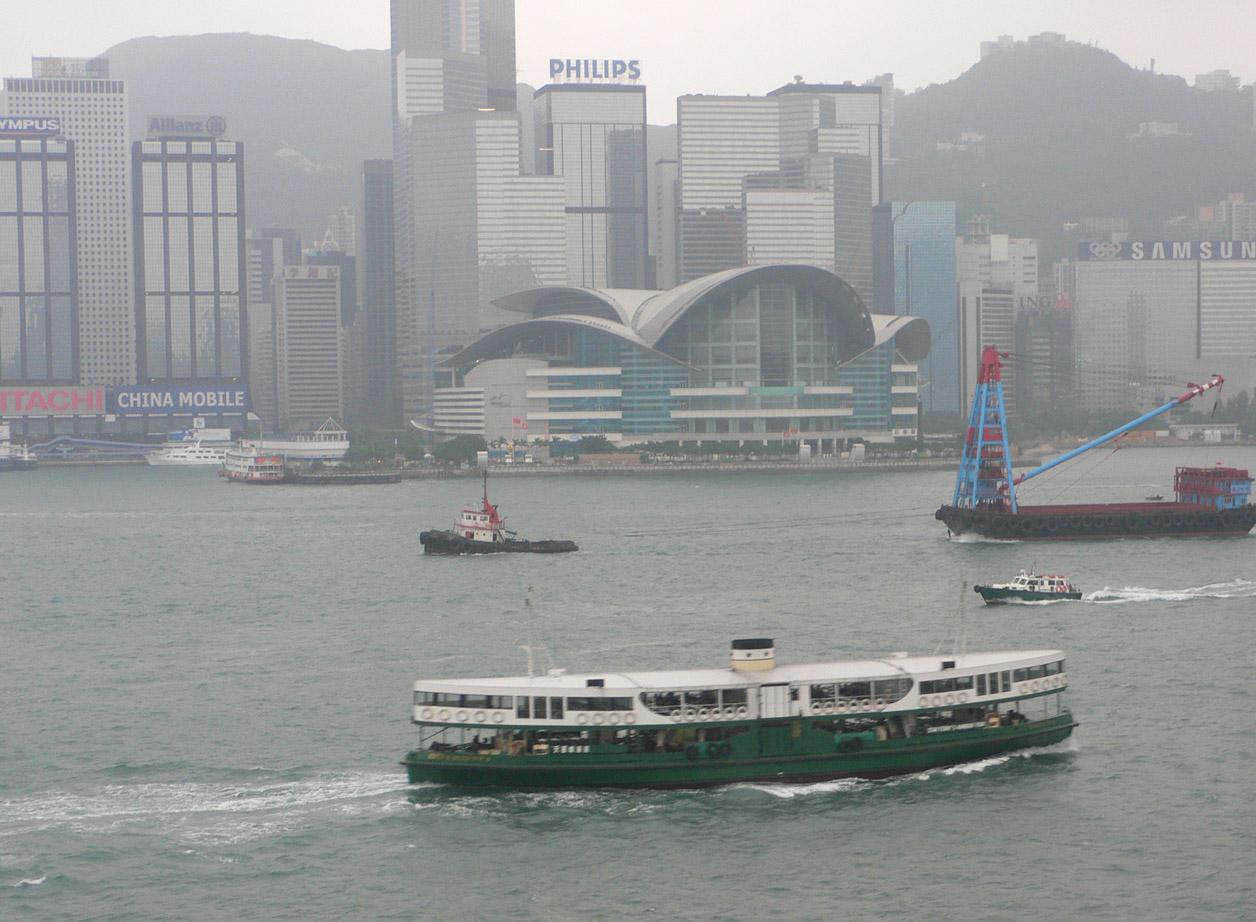 船・ふね・フネ: スターフェリーとタグボート(香港)_a0249132_2016239.jpg