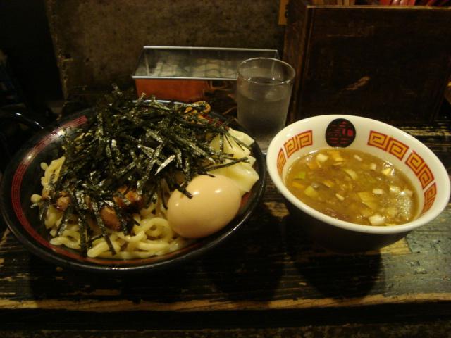 西新宿「ラーメン 凪 煮干王」へ行く。_f0232060_0203734.jpg
