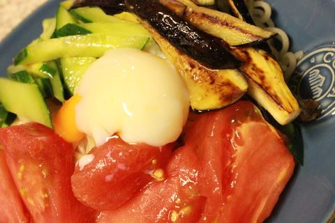 茄子と冷麺_e0201009_082574.jpg