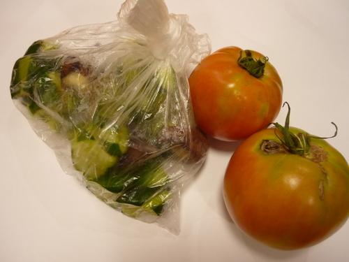 トマト・きゅうりの漬け物_f0206213_12181251.jpg