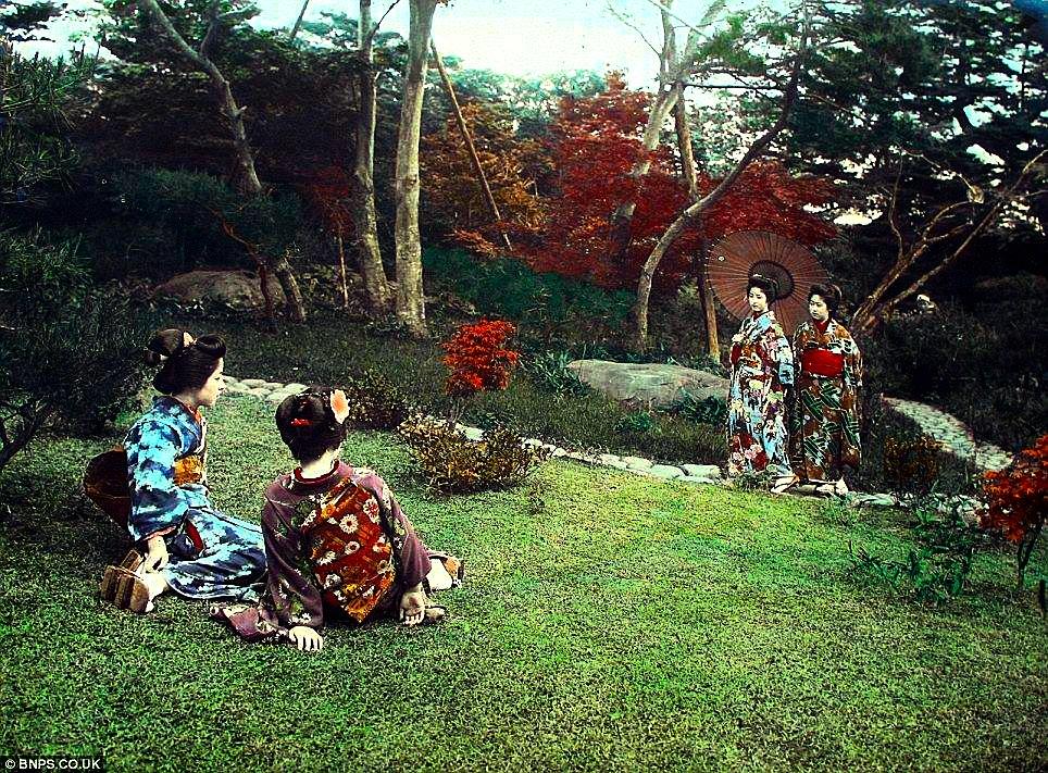 クール・ジャパン:英国で100年以上前の日本の写真発見!_e0171614_113375.jpg