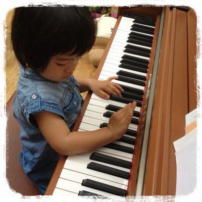 めざせピアニスト?_e0258469_164719100.jpg