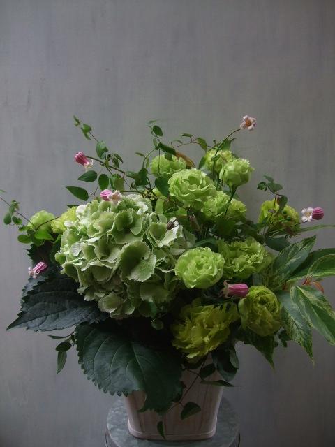 オークリーフ(紫陽花&クレマチス&トルコキキョウ)_f0049672_12504334.jpg