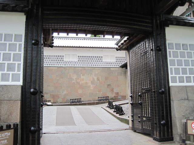 第6話 金沢城をぐるっと一回り_f0100593_847399.jpg