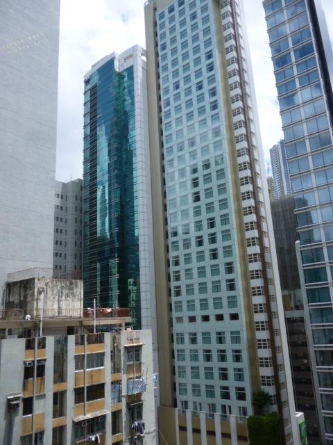 香港の宿は上環が狙い目かも。_b0210699_19112623.jpg