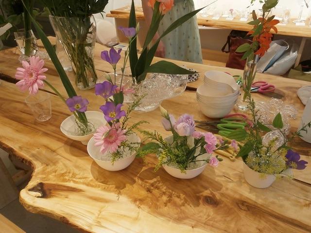 花を生ける。花を活かす。花を遊ぶ。_a0254818_16365325.jpg