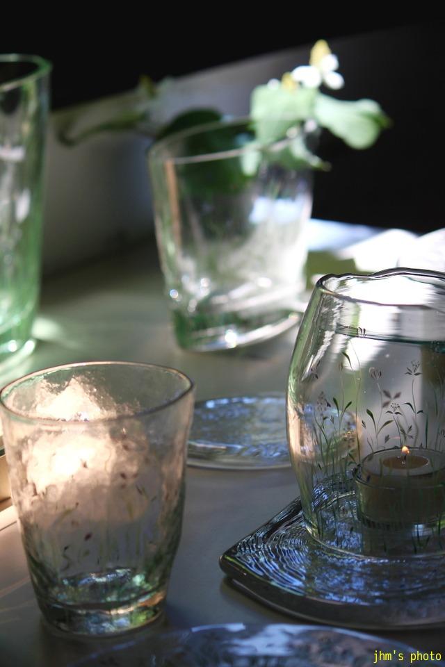 透き通る光とガラス模様_a0158797_0453886.jpg