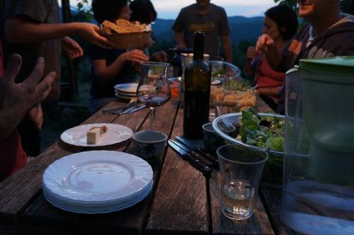 GASの仲間と山の食卓_f0106597_2172851.jpg