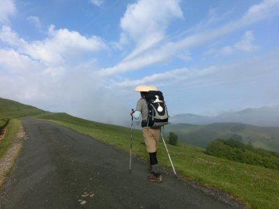 ピレネー山脈を越える 2日目(1)_f0019247_1524268.jpg