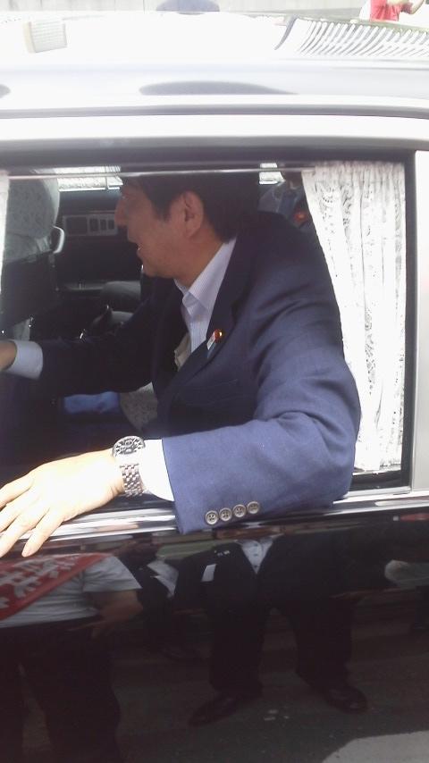 安倍晋三総裁 VS 小泉進次郎青年局長!?_b0157157_16303822.jpg
